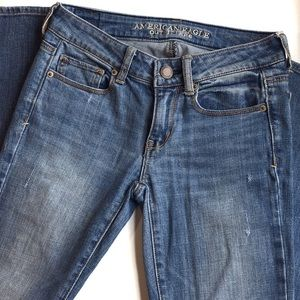 4 for $25 🌎 American Eagle Skinny Stretch Jeans